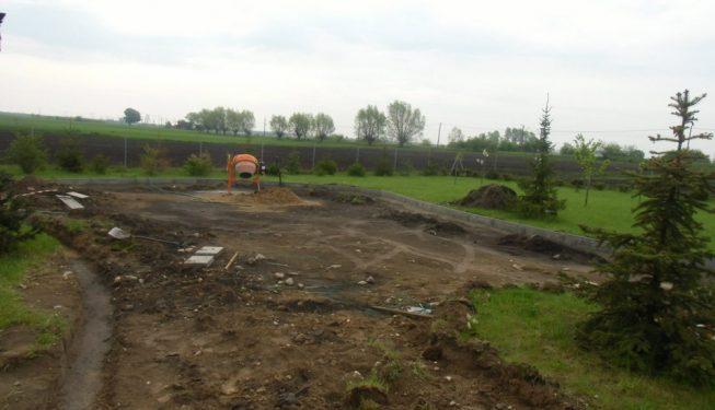 Budowa drogi dojazdowej do domu
